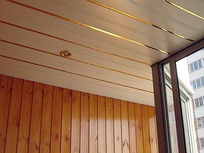 Отделка потолка балкона, лоджии