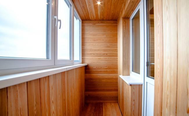 Отделка балкона цена за работу в москве застеклить балкон в пензе цена